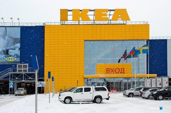 Ближайший к нам магазин находится на въезде в Екатеринбург