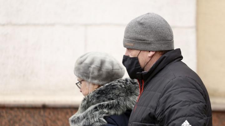 Жители 21 территории Кузбасса заболели коронавирусом. Рассказываем, где нашли новые случаи COVID-19