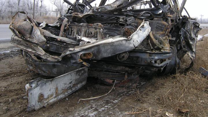 Страшная авария в Дзержинском районе: фура смяла Daewoo Matiz