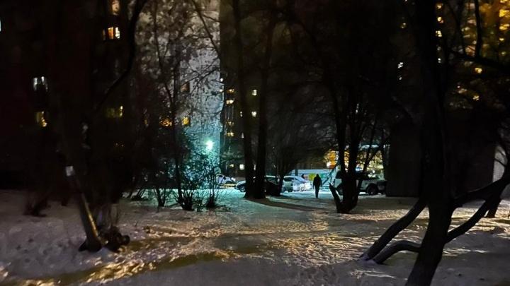 Екатеринбург на темной стороне: народная карта улиц, где ночь, улица, аптека, а фонарей нет