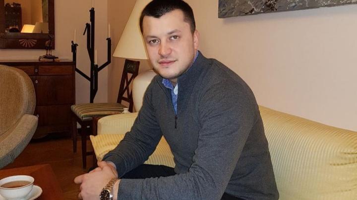 Мэр города в Башкирии, чей отец гонял коров на вертолете, заразился COVID-19