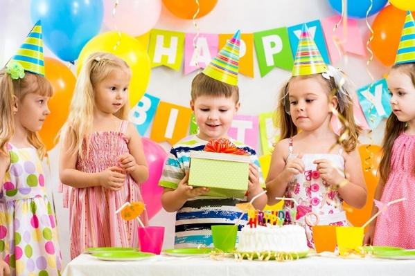 Профессионалы советуют отталкиваться от тематики и продумывать план праздника до мелочей