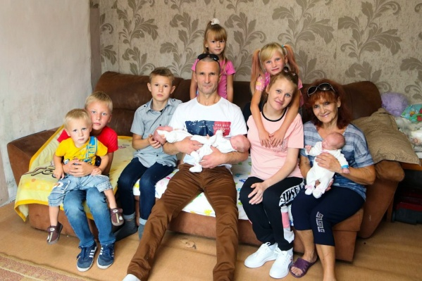 Юлия с мужем не думали, что у них будет 8 детей, но рады, что так вышло
