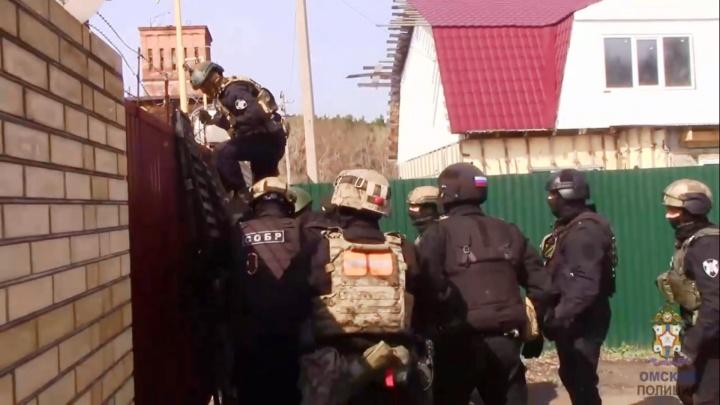 В курортной зоне под Омском нашли реабилитационный центр, где удерживали и избивали людей