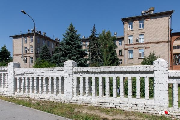 «Обкомовская» больница стала сначала провизорным, а потом и инфекционным госпиталем