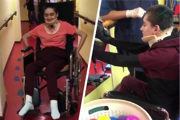 Екатерина уже сидит и самостоятельно передвигается в инвалидном кресле