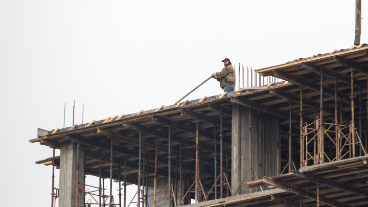 Власти Ростова обжалуют требование суда разрешить строительство высотки на Береговой