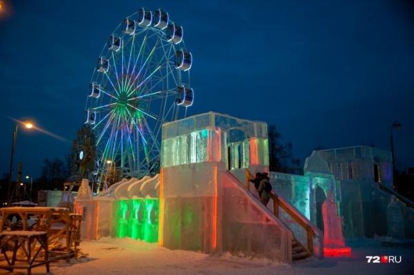 А вам нравится идея ледового городка? Пишите в комментариях — обсудим.На снимке — одна из горок в прошлом году на Цветном бульваре