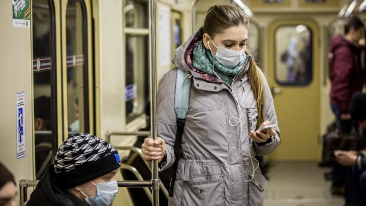 За 3 месяца израсходовали трёхлетний запас масок: в мэрии рассказали, как противостоят коронавирусу