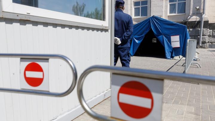 «Мы же не можем развернуть человека»: в Волгоградской области не планируют закрывать границы