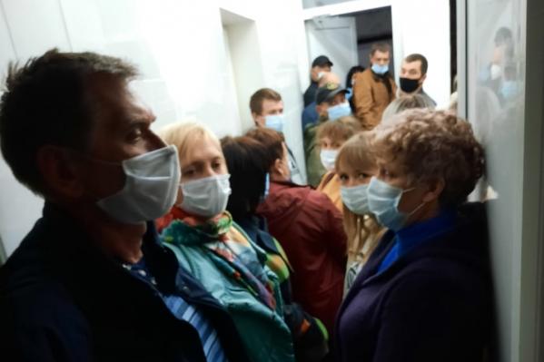 Горожане не в первый раз жалуются на работу районной поликлиники