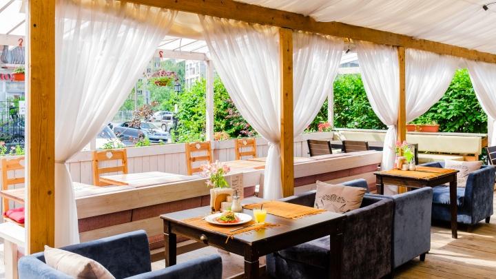Со следующей недели в Перми могут открыть летние кафе, музеи, детские сады