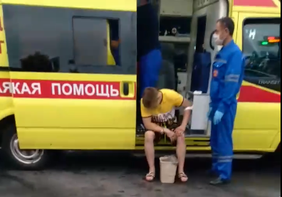 В аварии с такси на Московском проспекте пострадали четыре человека. Видео с места ДТП