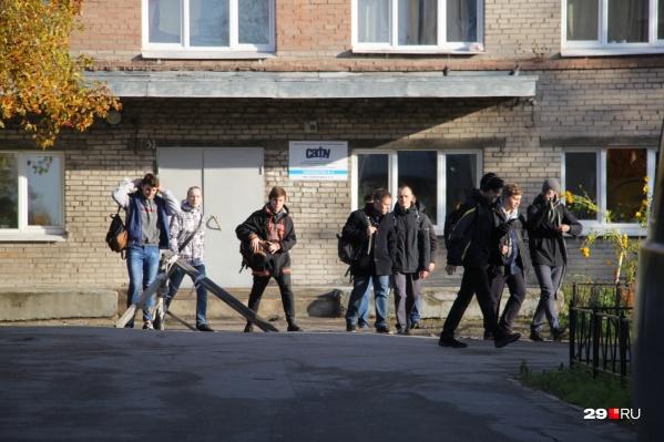 Некоторые ребята уже определились, останутся ли учиться в Архангельске или уедут