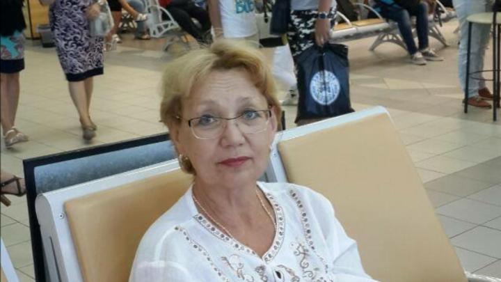 Стресс спровоцировал обострение: в Волгограде ищут кровь для супруги умершего от COVID-19 реаниматолога