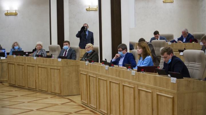 Депутатов гордумы проверят на коронавирус после заражения Владимира Крицкого