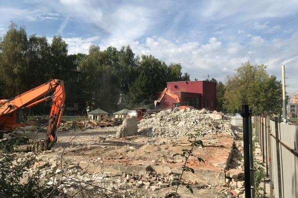 Здание ресторана полностью снесли
