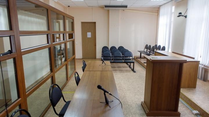 Без прав и с пятью пассажирами: в Волгограде пошел под суд водитель мопеда, убивший двоих подростков