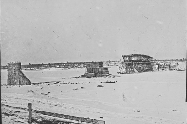 Так выглядело место строительства моста через Обь в 1895 году