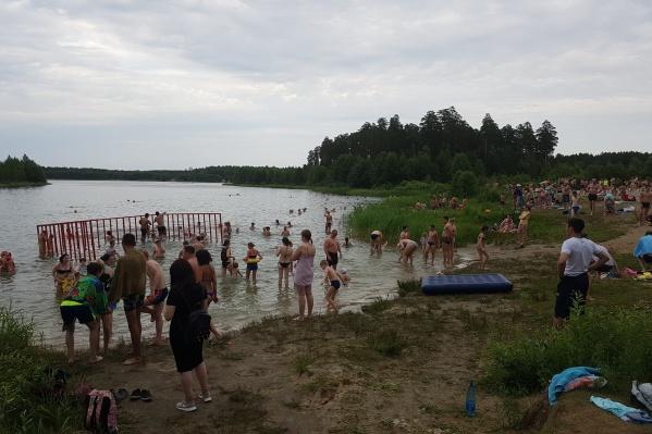 На пляже для детей сделают зону для купания