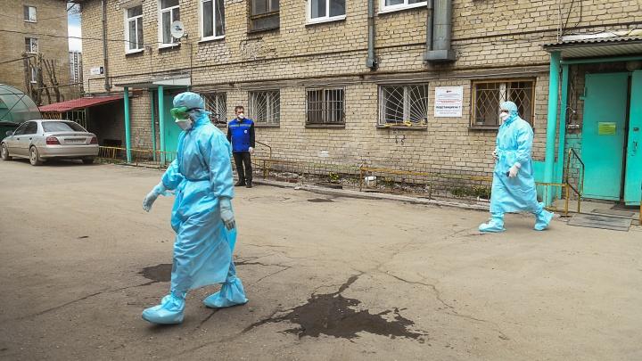 «Транслирование ковид-диссидентства сродни пропаганде фашизма»: свердловский медик ответила томскому врачу