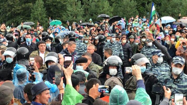Вот и поговорили: Радий Хабиров призвал активистов на Куштау разойтись
