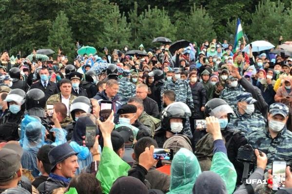 Техника БСК и часть активистов покидают подножие Куштау