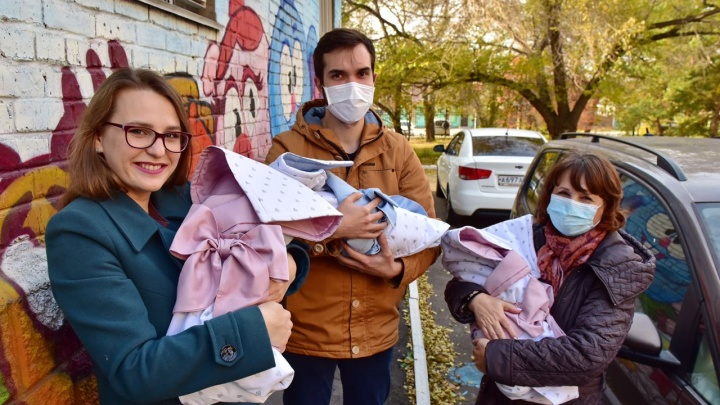 В Омске родилась вторая за год тройня