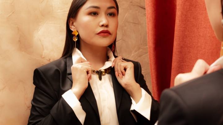 «Два года назад мужчины ко мне не шли»: известный омский юрист — о том, как попала в «мужской бизнес»