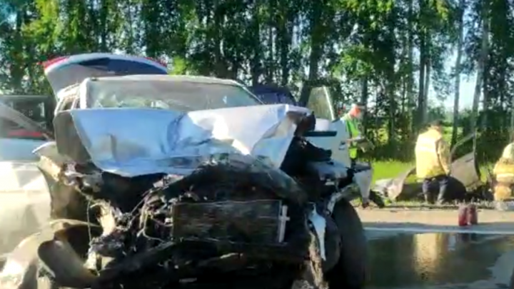 В аварии под Каменском-Уральским погибли двое