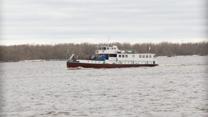 Из-за плохой погоды в Архангельске приостановили рейсы теплоходов до Кегострова