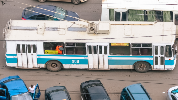 Стало известно, зачем в Самаре демонтировали контактные линии троллейбуса № 6
