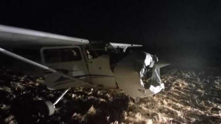 В Самарской области самолет совершил жесткую посадку