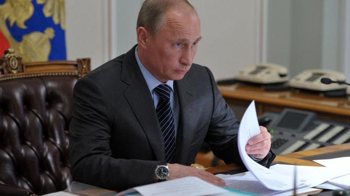 Владимир Путин присвоил почётные звания двум жителям Новосибирска — рассказываем, кто они