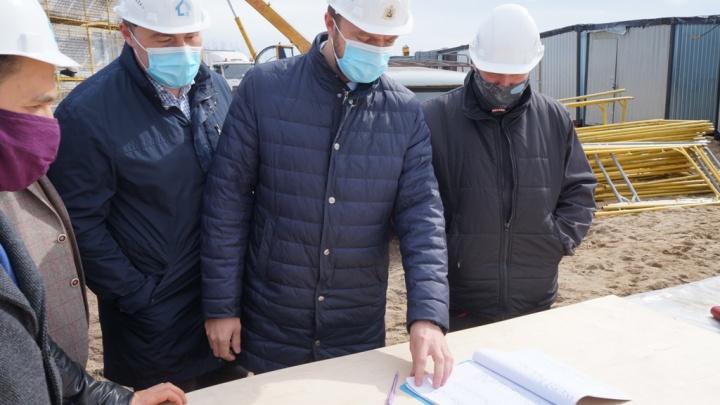 В Архангельске проверили, как соблюдают профилактические меры на стройплощадках