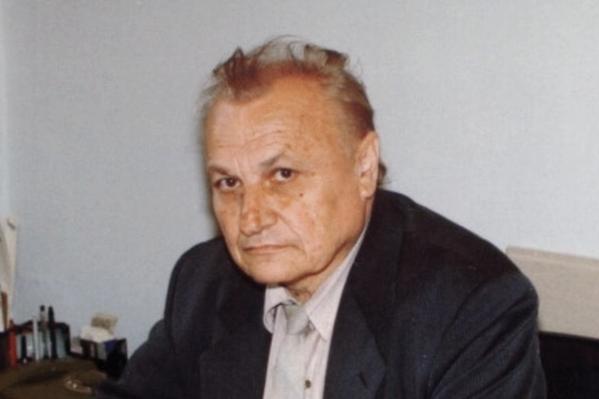 Колесников посвятил университету более 50 лет
