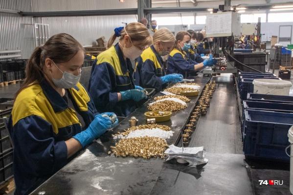 Челябинский завод помог справиться с дефицитом кислородных вентилей для больниц