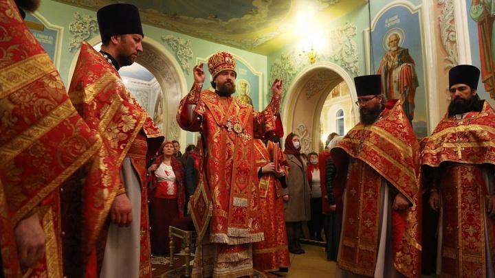 Роспотребнадзор запретил челябинской епархии проводить службы на Пасху. Но его проигнорировали