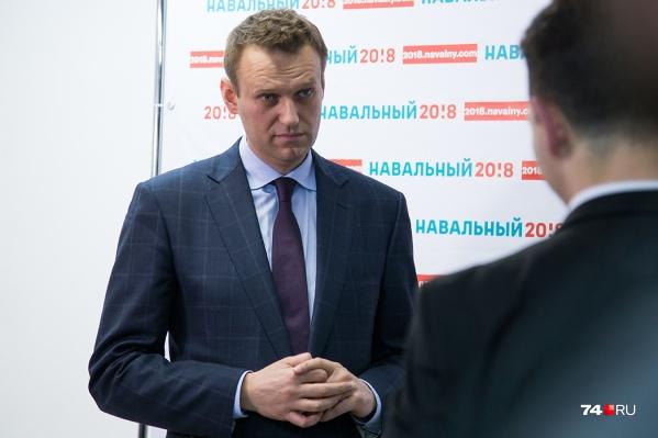 По информации омского Минздрава, политик находится в естественной коме