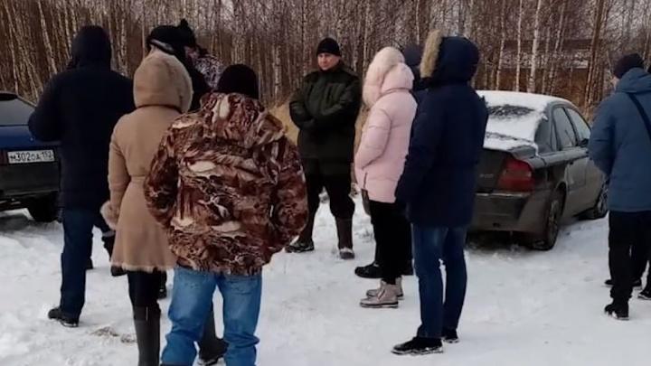 Жители Чкаловска перекрыли дорогу, чтобы остановить подключение вышки 4G