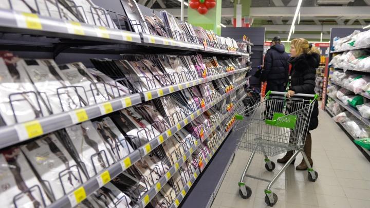 В половине свердловских магазинов в пандемию нашли нарушения
