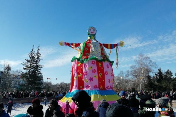 Первые весенние выходные в Омске пройдут под знаком проводов Масленицы