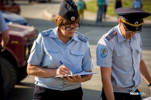 Полицейские выясняют все обстоятельства аварии