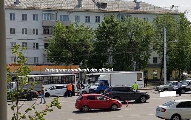 В Уфе Hyundai Santa Fe сбил насмерть пешехода