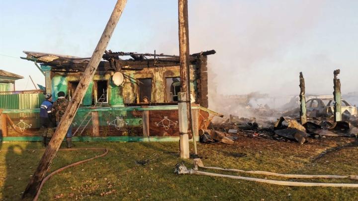 В Курганской области при пожаре в частном доме погибли двое пенсионеров