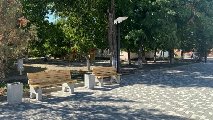 В поселке Дивный Аксайского района завершили благоустройство центральной площади