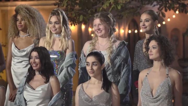 Модель из Канска Лиза Адаменко зло пошутила над участницей «Холостяка» и почти вылетела из шоу