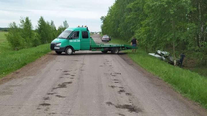 В ДТП на сельской дороге погиб пассажир «шестёрки». За рулём был водитель без прав