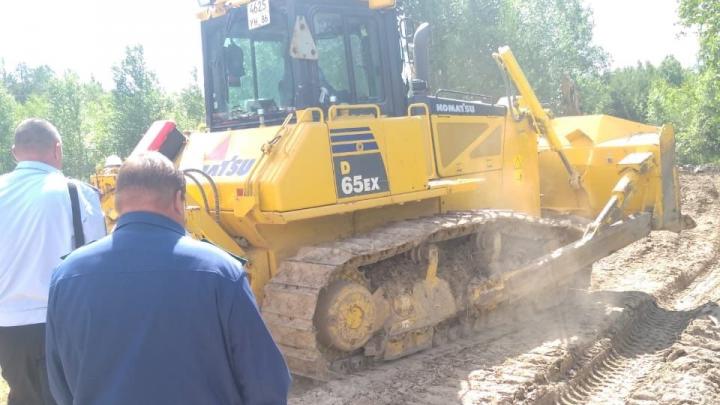 В Свердловской области после прорыва трубы разлилась нефть