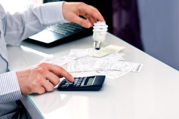 Просроченная задолженность более двух расчетных периодов грозит взысканием через суд в одностороннем порядке